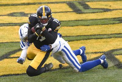 Roethlisberger da a Steelers el título de la División Norte de la AFC