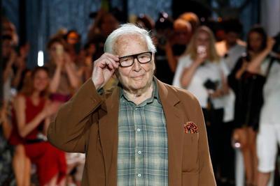 Muere el diseñador italiano Pierre Cardin