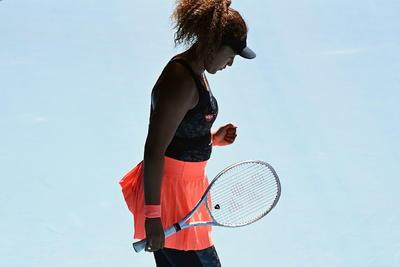 """""""Es siempre un honor de jugar contra ella y estoy muy contenta de tener el público de nuevo"""", comentó Osaka tras alcanzar por segunda vez la final en Melbourne Park, en la que se enfrentará a la estadounidense Jennifer Brady (22) o a la checa Karolina Muchova (25)."""