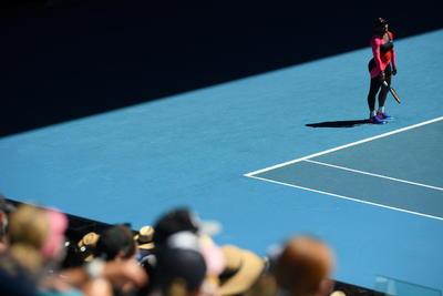 Se impuso Osaka, quien estuvo más acertada en líneas generales, al conectar seis saques directos, tres más que su rival, y veinte golpes ganadores, ocho más que Serena.