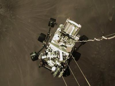 Perseverance toma primera foto en color de superficie de Marte