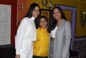 20022021 Sofía Cabral, Camila Fraire y Renata Cabral.