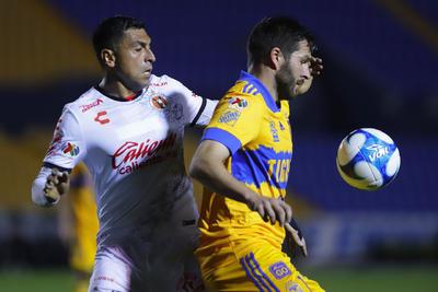 Nicolás López lidera a Tigres en triunfo ante Tijuana