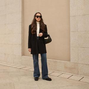 22022021 ESTILO.  Para mantener un estilo sofisticado, es importante no saturar el look con accesorios.