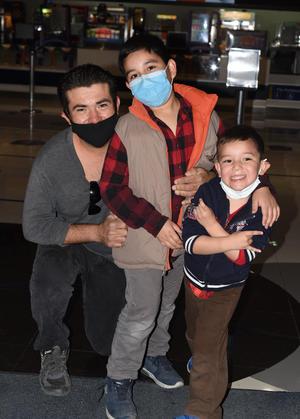 22022021 Abraham, Andrés y Jesús.