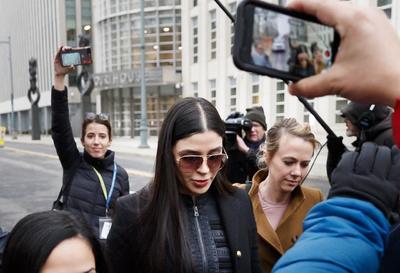 """Emma Coronel Aispuro, esposa de Joaquín """"El Chapo"""" Guzmán Lorea, fue detenida este lunes tras ser acusada de conspiración para distribuir drogas en Estados Unidos."""
