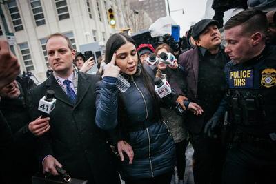 Emma Coronel, arrestada por narcotráfico internacional en EUA