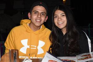 27022021 Paola Garay y Luis de Villa.
