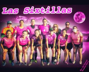 28022021 Las abogadas Claudia Garcia y Coco Sanchez, participan actualmente en un torneo de futbol con el equipo Las Sixtillas.- Fotografias Mtro. Luis Fernando Hernandez Rivera.