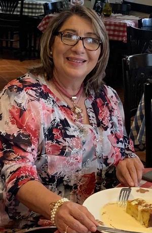 28022021 La familia celebró el cumpleaños de la Sra. Gladys Martínez. ¡Felicidades!