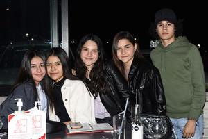 01032021 Mariana, Elena, Karime, Majo y Diego.