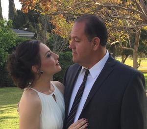 02032021 Roberto y Norma Del RÍo, celebran hoy 25 años de casados, recibiendo numerosas felicitaciones de amigos y familiares.