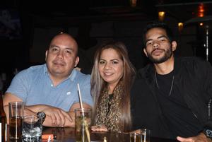 03032021 Leonardo, Marlyn y Héctor.