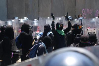 Mujeres toman las calles de CDMX ante el #8M2021