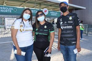 11032021 Karen Luna, Cecilia Rutiaga y José Ángel Hernández.