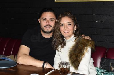 """Miguel y Dora. Gozan fin de semana en un restaurante, bajo la premisa de """"cocina expuesta"""""""