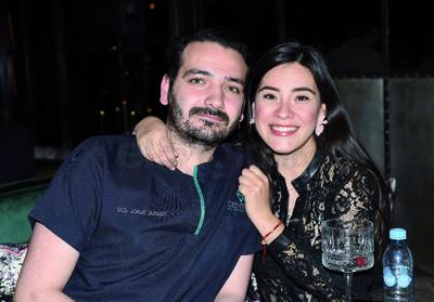 """Jorge Vázquez y Sofía Barrera. Gozan fin de semana en un restaurante, bajo la premisa de """"cocina expuesta"""""""