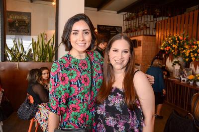 Romina Calderón e Isa Ortiz. Despedida de soltera Ana María Ortiz.