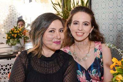 Julia y Michelle. Despedida de soltera Ana María Ortiz.