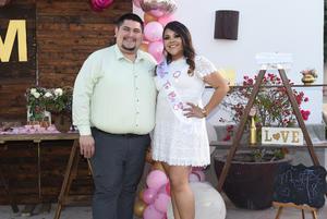 13032021 Melissa Herrera cuenta los días para casarse.