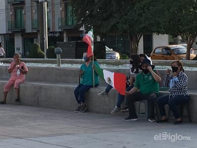 Frente Nacional Ciudadano AntiAMLO realiza mitin en Plaza Mayor de Torreón