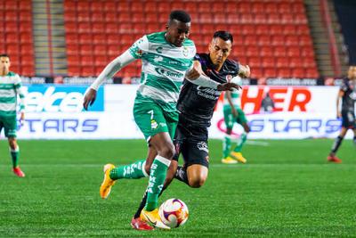 Santos vence a Xolos como visitante con gol de Félix Torres