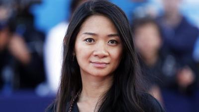 MEJOR DIRECTOR: Chloé Zhao (Nomadland)