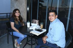 15032021  Mary Rodríguez y José Eulogio Flores.