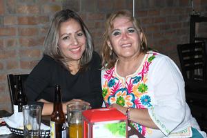 17032021 Lili y Jessica Casilla.