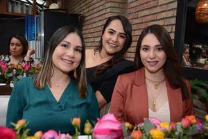 17032021 Marcela, Ari y Fernanda.