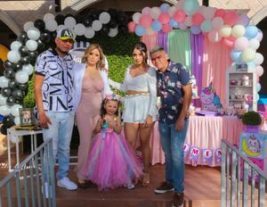 19032021 Papás y hermanos festejaron el cumpleaños de Ximena y Bryant Torres López.