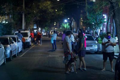Ajustan a 5.7 la magnitud del temblor en Guerrero