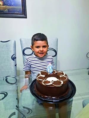 21032021 El niño Mateo Machado Valadez en la celebración de sus 6 años de vida.