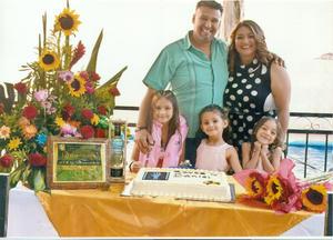 21032021 Daniel, Betty, Mía, Sofi y Pau, el pasado viernes en Gómez Palacio, Dgo. en la quinta Margarita.