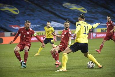 Victor Claesson firma victoria de Suecia frente a Georgia