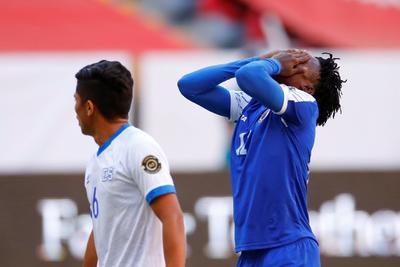 Joshua Pérez anota doblete para el triunfo de El Salvador sobre Haití