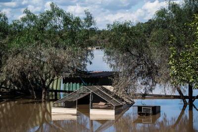 Inundaciones en Australia dejan dos muertos