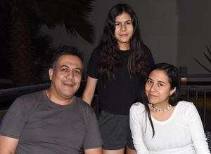 26032021 Ximena Ramírez, Georgina Ramírez y Francisco Ramírez.
