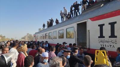 Tragedia en Egipto tras colisión de dos trenes