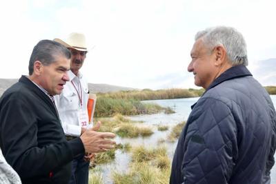 Detallan AMLO y Riquelme acciones de recuperación de agua para Cuatro Ciénegas
