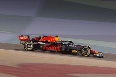 Hamilton arrebata la victoria a Verstappen en GP de Bahrein