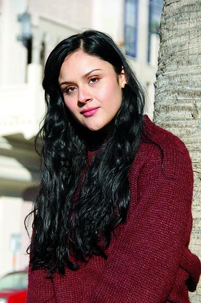 Azucena Acevedo relata su historia dentro de la actuación.