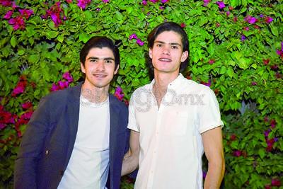 Carlos y Diego Garnier Rocha.