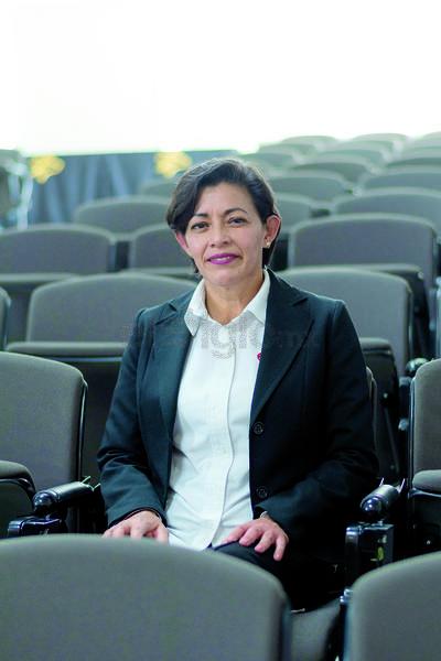 Odontóloga Mayra Ceballos