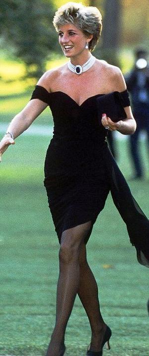 30032021 VANGUARDISTA.  La Princesa Diana fue un parteaguas en la moda empleada por la familia real.