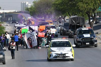 La activista consideró que también hay carencias económicas en los Ministerios Públicos de los Centros de Justicia 'porque van a pedir las mujeres una orden de protección y las matan.