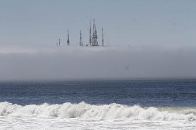 Densa neblina 'ahuyenta' a turistas en playas de Mazatlán