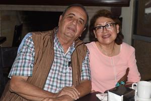 01042021 Javier Mendoza y Rocío Mendoza.