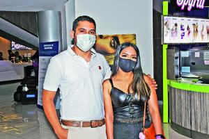 02042021  Gabriel del Rio y Karla López.