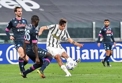 Cristiano y Dybala hunden al Nápoles en victoria de Serie A